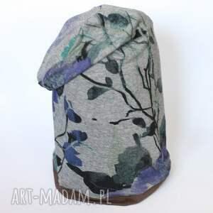 Prezent czapka handmade bywała poetką z tępą żyletką, dresowa, dzianina, kwiaty
