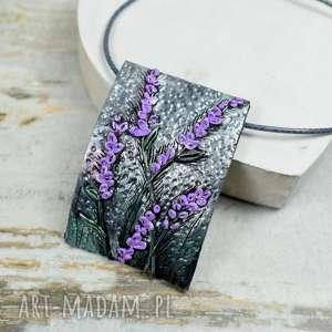 zawieszka z motywem lawendy - biżuteria z lawendą, naszyjnik lawenda, kolorowa