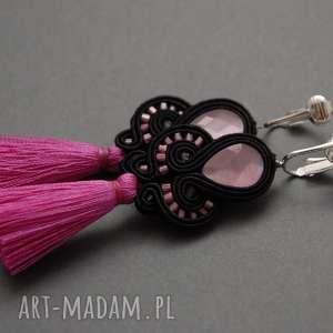 małe klipsy z małymi chwostami, sznurek, eleganckie, delikatne, fuksja, wiszące