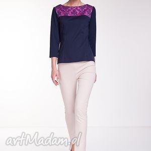 Bluzka Amada, moda