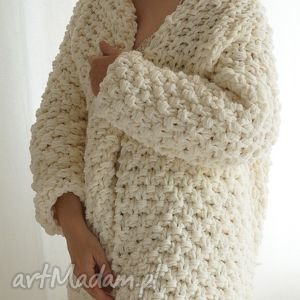 święta prezent, off-white chunky, sweter, gruby, masywny, druty, dziergany