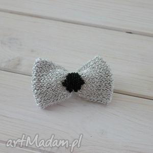 hand-made broszki broszka mucha srebrna kokardka