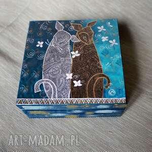 """Szkatułka """"koty miły spacer"""" pudełka marina czajkowska koty,"""