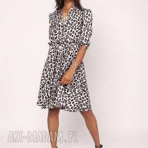 uniwersalna sukienka z delikatną stójką, suk155 panterka, sukienka, stójka