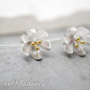 925 srebrne kolczyki kwiaty - kwiaty, kwiat, lilje, srebro, srebrny, elegancja