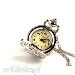Różyczka (silver), zegarek