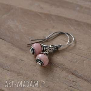 Różowy peruwiański opal - kolczyki na biglach otwartych, srebro, opal,