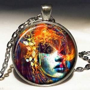 Ekspresjonistyczna dusza - duży medalion z łańcuszkiem