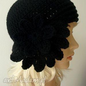 czapki czapka w stylu retro, crochet, szydełkowa, modna, awangardowa, prezent na