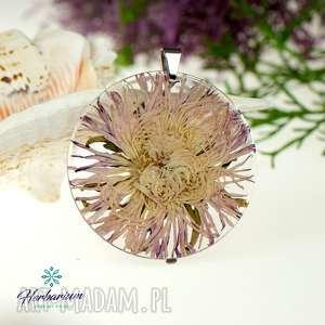 Prezent z71 Naszyjnik z prawdziwymi kwiatami zatopionymi w żywicy
