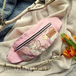 nerka saszetka w jednorożce różowa, nerka, saszetka, jednorożec, biodrówka