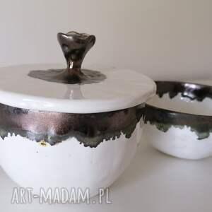 cukiernica i miseczka białe złoto, ceramika rękodzieło, z gliny
