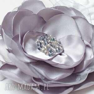 duża elegancka broszka, przypinka, kwiat do sukienki, sukienki