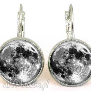 handmade kolczyki księżyc - małe kolczyki wiszące