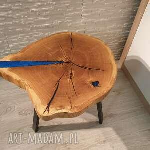 Stolik kawowy, plaster drewna - dąb i niebieska żywica stoły