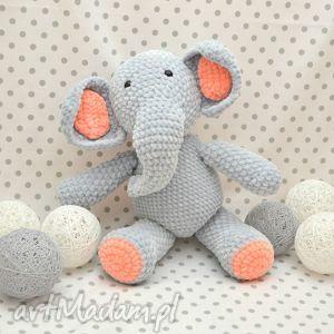 Szydełkowy słonik Buniek, słoń, słonik, maskotka, szydełkowa, szary, pomarańczowy