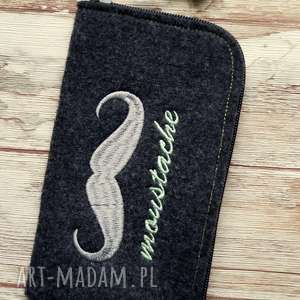 filcowe etui na telefon z wąsem, smartfon, pokrowiec, haft, prezent, wąs, gwiazdki
