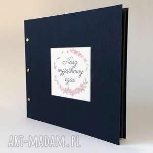 klasyczny album płócienny z okienkiem 30x30, album, ślub, prezent, urodziny