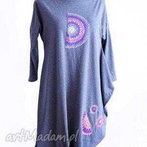 Pola-asymetryczna sukienka, wygodna, asymetryczna, szara, bawelniana, midi, aplikacje