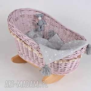Wiklinowa kołyska dla lalek, z misiem lalki gucialoveskids