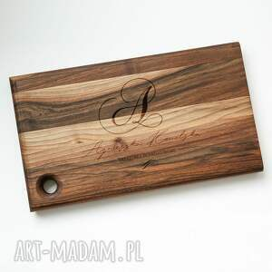 kreatorka dobrego smaku - deska do krojenia z litego drewna orzechowego