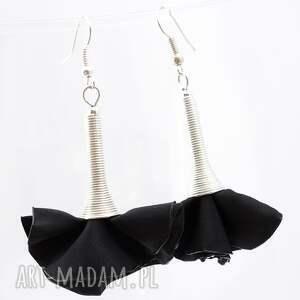 kolczyki z tkaniny czarne srebrne, kolczyki, eleganckie, wiszące, lekkie