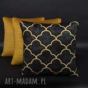 ręczne wykonanie poduszki komplet 3 poduszek koniczyna czerń i musztarda