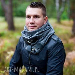 modny szal - ciemnoszary dresowy komin z zapięciami na karabińczyki, szalik