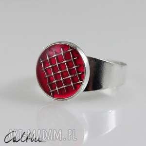 Kratka - pierścionek, pierścień, żywica, metal, regulowany, uniwersalny