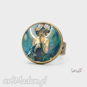 pierścionek moon a mucha, obraz, reprodukcja, dzieło, księżyc, prezent, grafika