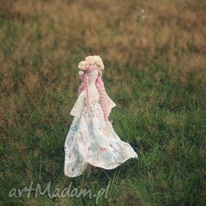 lalka lea - królowa łąk, lalka, wróżka, kwiaty, wianek lalki