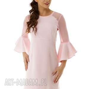 sukienka szerokimi rękawami i tiulowymi wstawkami różowa - elegancka sukienka