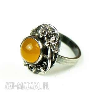 romantyczny srebrny pierścionek z agatem a667, prezent