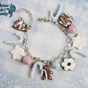 ręczne wykonanie pomysł na prezenty święta świąteczna bransoletka cukierki śnieżynki