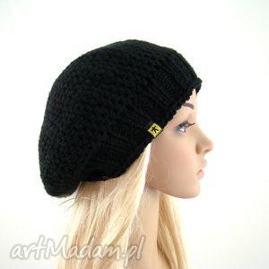 czapki czarny beret, beretka, czapka, dodatek, zima, prezent