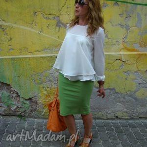 zielona dzianinowa spódnica w formie tuby, spódnica, tuba, spódniczka
