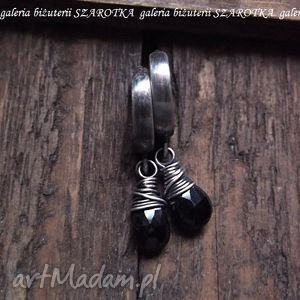 kolczyki czarne drobinki minimalistyczne z czarnego spinelu i srebra, spinel