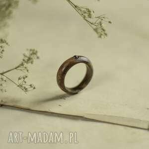 pierścionek z labradorytem, pierścionek, labradoryt, drewniany