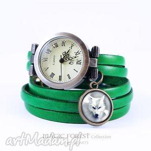 Bransoletka, zegarek - biały wilk skórzany, zielony, antyczny