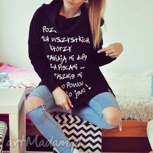 bluzki damska modna luźna z kapturem asymetryczna czarna bluza napisem nadrukiem