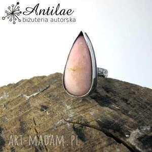 pierścionek z różowym opalem, opal różowy, srebrny pierścionek, opal, srebro