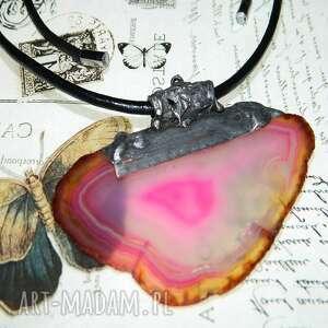 wisior z różowego agatu, agatem, oryginalny wisior, artystyczny