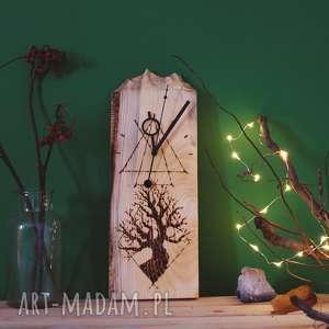 Drewniany zegar ścienny [góry i pirografia], drewno, góry, magiczny, geometryczny