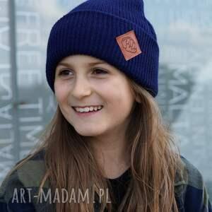 navy blue granatowa czapka dziecięca logo ekoskórka, kids beanie, czapka sportowa