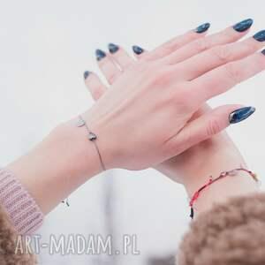 hand made bransoletka sznurkowa ze grafitowym sercem