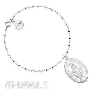 Srebrna bransoletka z medalikiem - ,bransoletka,medalik,modowa,srebro,trendy,