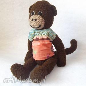 MAŁPISZON, małpka, maskotka, małpa, szydełko, rękodzieło, zabawka