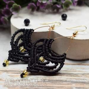 kameleon czarne, wiszące kolczyki boho, makrama, czarne kolczyki, boho