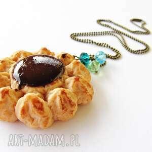naszyjniki ciastko duże z kremem czekoladowym naszyjnik, modelina