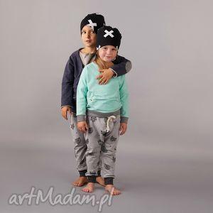 ubranka czapka x, czapka, podwójna, czarna, dziecięca, motyw, modna dla dziecka